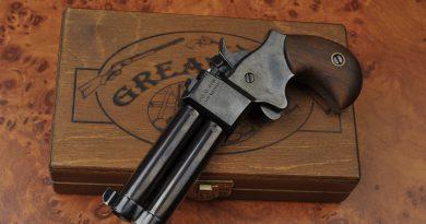 Great Gun 9 mm elöltöltő derringer