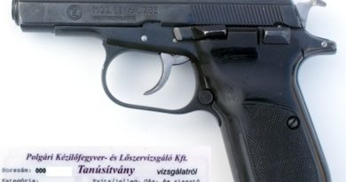 CZ83 7,65 mm Browning (éles) és 9 mm PAK (gáz-riasztó) 2. rész