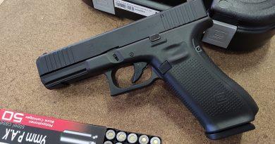 UMAREX Glock 17Gen5 9 mm PAK (17+1) GÁZPISZTOLY